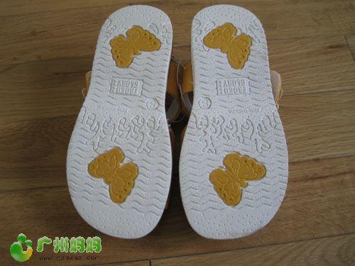 口西班牙的外贸绣花女童凉鞋,40元广州市内包快递图片